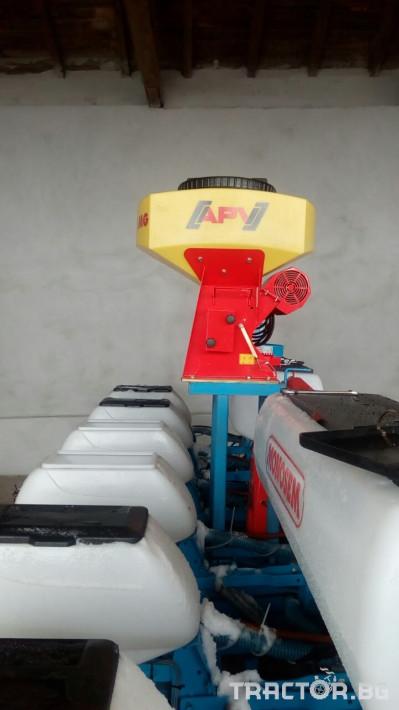 Други Апликатори за микрогранулиран тор PS120/200/300 8 - Трактор БГ