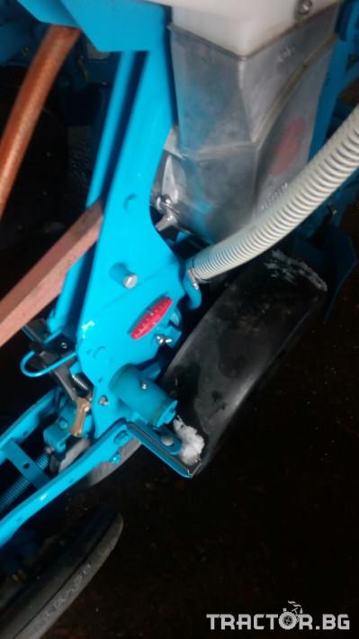 Други Апликатори за микрогранулиран тор PS120/200/300 12 - Трактор БГ